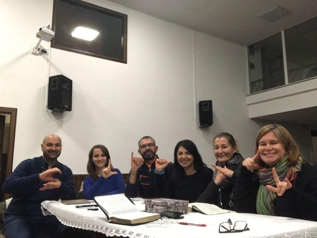 La Comunità Udente A Scuola Di LIS – Lingua Dei Segni