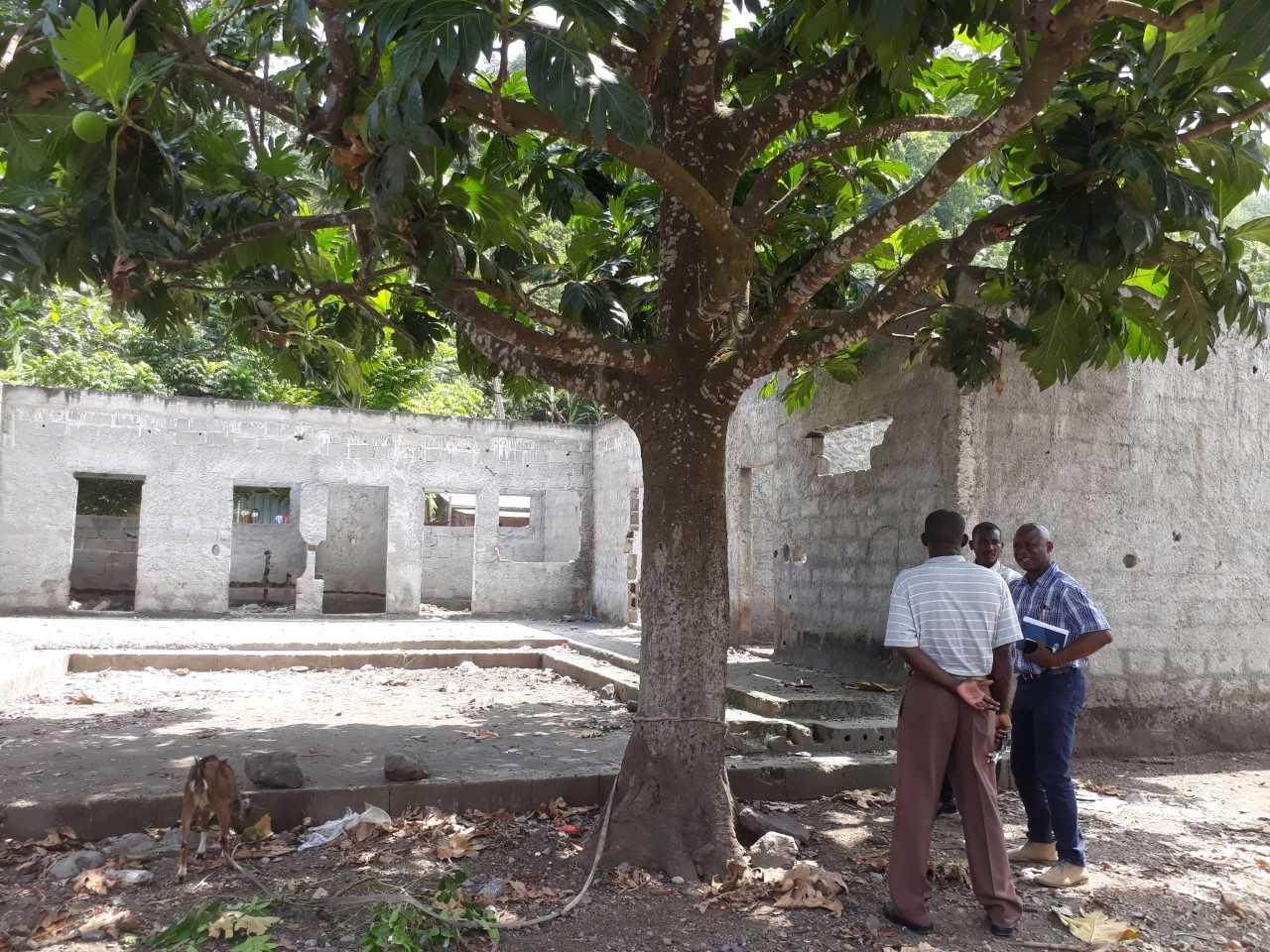 Un Tetto Per La Scuola Di Sao Tome Principe