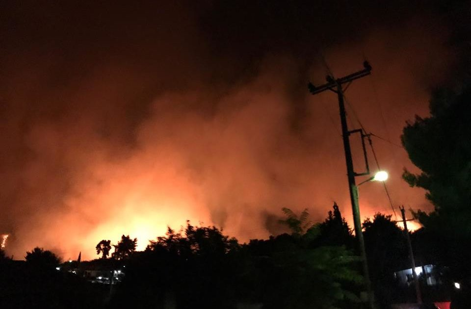 ADRA Cerca Di Aiutare Le Vittime Di Incendi Greci Il 26 Luglio 2018